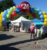 20Th Anniversary Balloon Arch